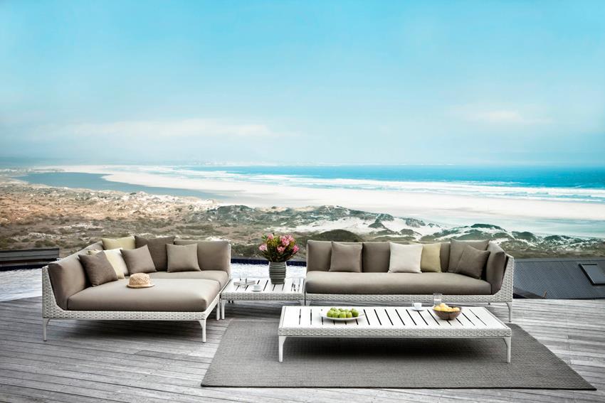 Consells per crear un espai relaxant: il·luminació, elements naturals i tonalitats. Mobiliari del proveïdor Dedon, un article de @SeseJover (Sese Jover Interiors)